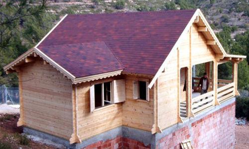 Casas de madera modelos precios y ofertas daype for Tejado madera maciza