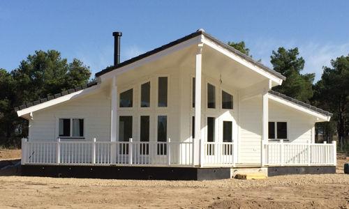 casas de madera de 140 m2. + 46 m2 de terraza