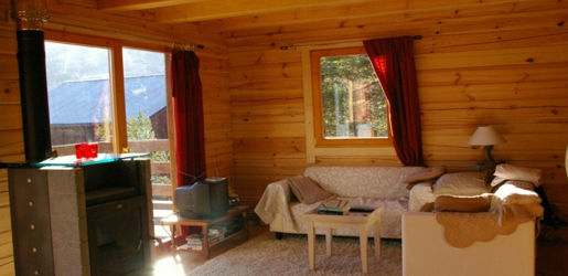 Casas de madera modelo valencia daype for Terrazas de madera para casas