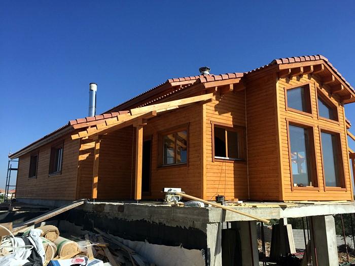 Proceso de montaje de tropical casa de 115 m2 daype - Casas de madera tropical ...